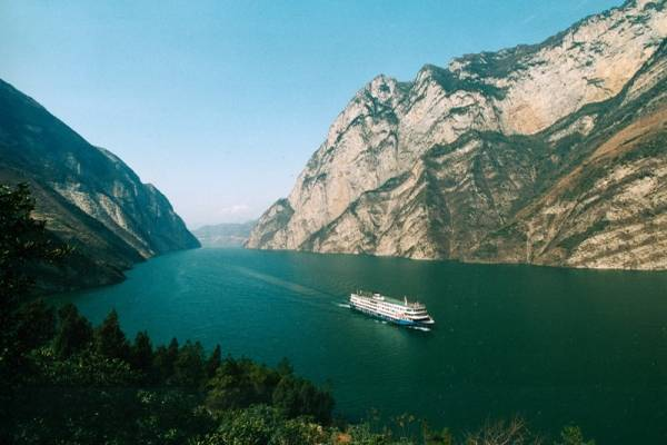 Plans to link Yangtze and Pearl rivers