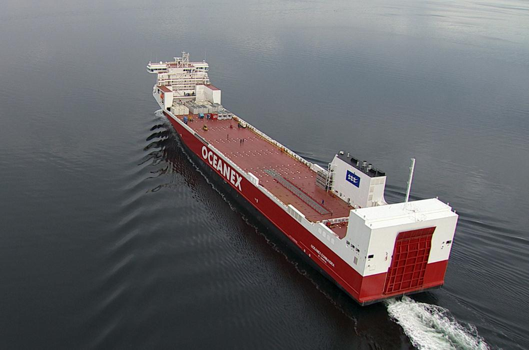 FSG Delivers Largest Canadian Flag ConRo Ship