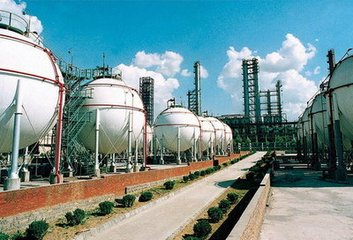 China fuel oil: Thin fuel oil spot supply sustains teapot refiners' asphalt buying