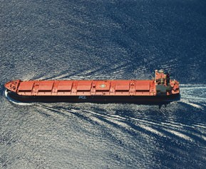 Sinotrans, China Merchants to form major oil tanker company