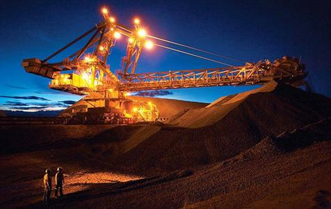 China's iron ore, steel little changed; outlook firm