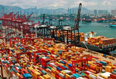 Shanghai port's container volumes rise 7.5% in October