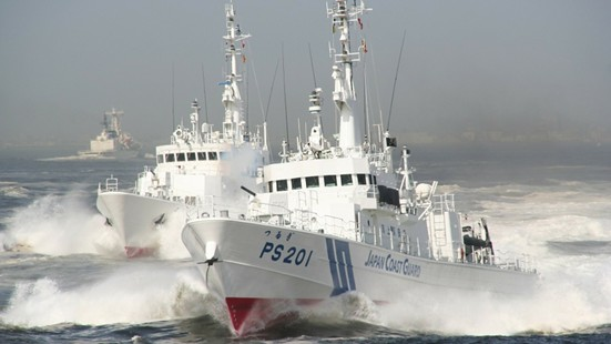 Japanese Coastguard Arrests Chinese Fishermen during Sea Hotline Talks