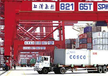 Shanghai January box volume up 5.3pc to 3.16 million TEU