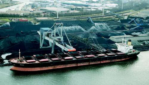 China's iron ore imports from Australia rises in January