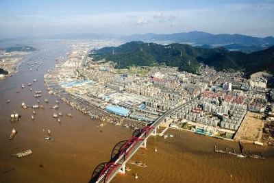 Zhoushan port eyes IPO funds to build valemax-sized berths