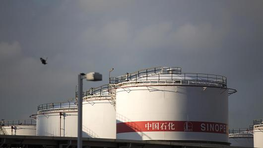 China heads for record crude buying year