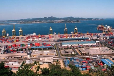 Dalian Port profit drops 11% in first nine months