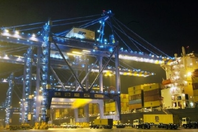 Busan port moves higher box throughput in October