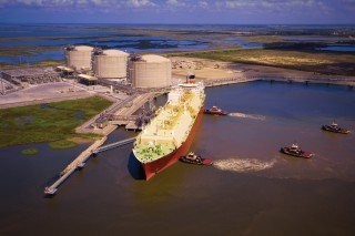 JBIC Bankrolls Diamond LNG Shipping Duo