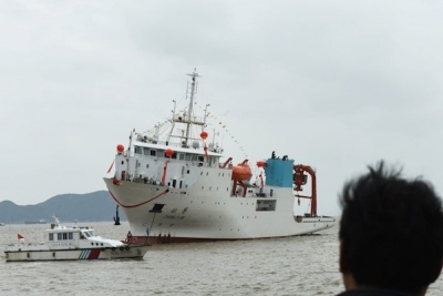 China's first locally-built oceanographic research ship