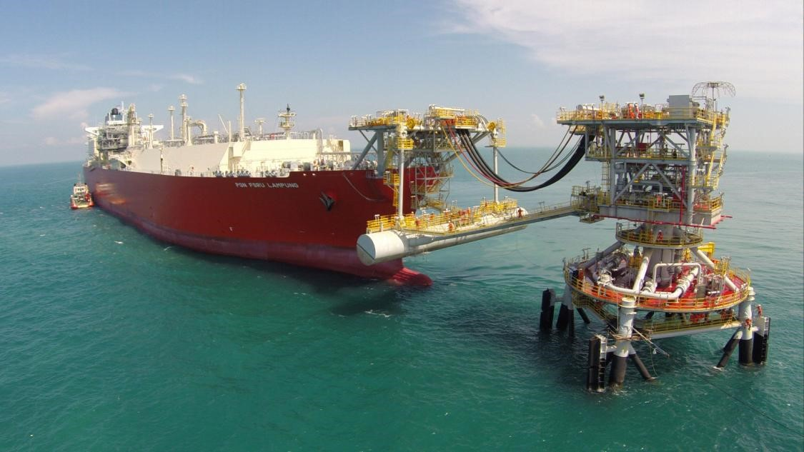 Hoegh LNG Partners LP Agrees to Acquire a 51% Interest in the FSRU Höegh Grace