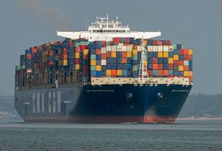 Shipping Confidence Steady amid Fierce Competition