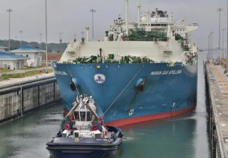 Panama Canal Talks Gas Shipping Growth with Asian Majors