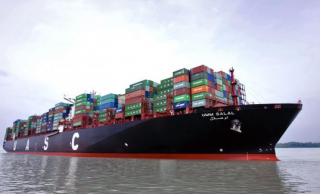 Update: UASC Boxship Refloated after Grounding off Malaysia