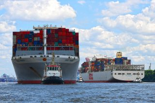 Hamburg Creates Space for Mega-Ships