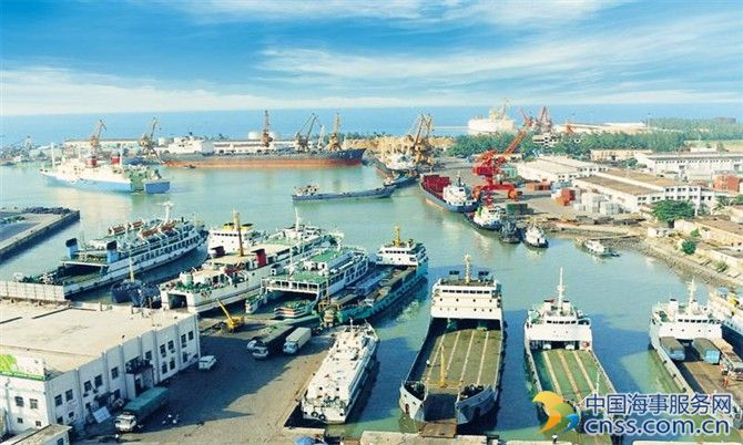 Major ports of India register 6.79% traffic growth in FY2017