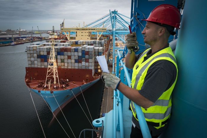 Madrid Maersk calls APM Terminals Rotterdam on maiden voyage
