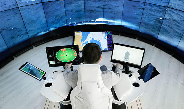 Rolls-Royce Presents World's 1st Remotely Operated Commercial Ship