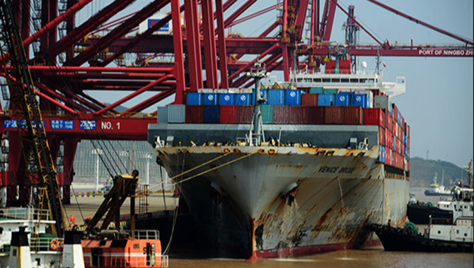 East China Zhoushan Port booming with trade