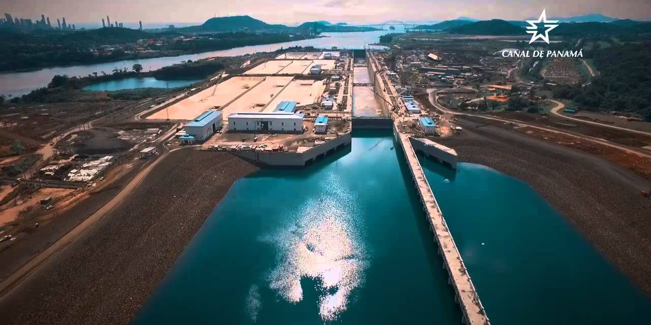 Panama Canal bans open loop scrubbers